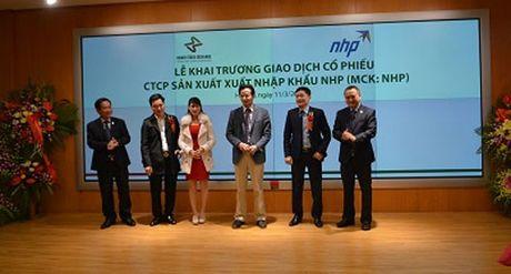 Cu 'luot song' kiem trieu USD cua chuyen gia Le Xuan Nghia - Anh 1
