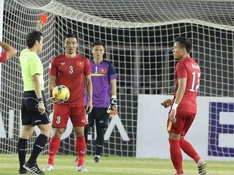 SOC: 'Messi' Campuchia khien Dinh Luat nhan the do roi san - Anh 1