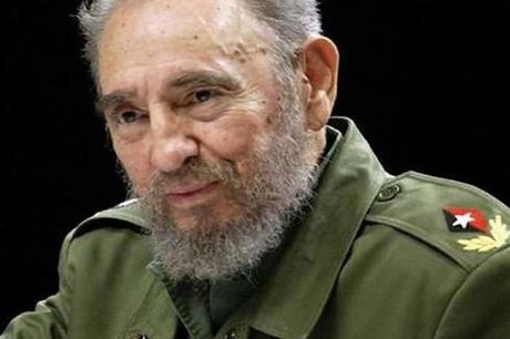 Nha lanh dao Cuba Fidel Castro tien doan truoc su ra di cua minh trong lan sinh nhat thu 90 - Anh 1