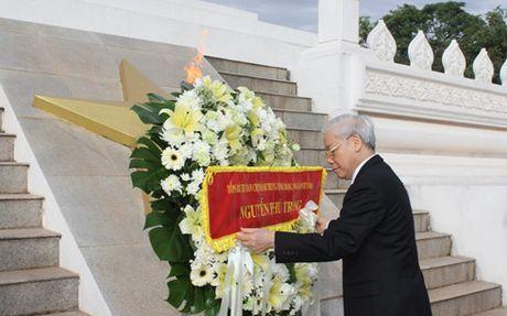 Hoat dong cua Tong Bi thu Nguyen Phu Trong tai Lao - Anh 1