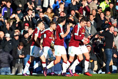 Man City tam dan dau Ngoai hang Anh sau tran thang Burnley - Anh 2