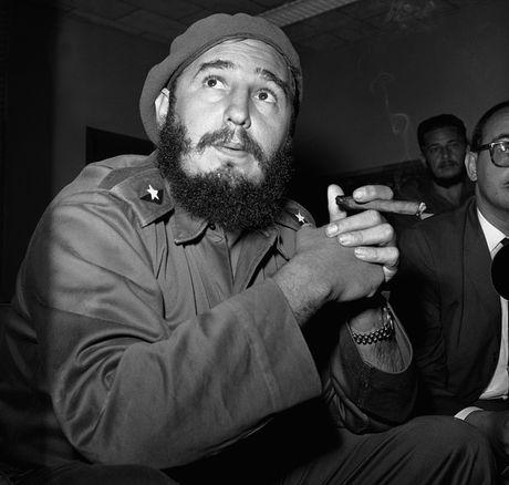 Fidel Castro vuot qua hon 600 am muu am sat cua CIA ra sao? - Anh 1