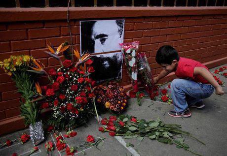 Khap noi tren the gioi khoc thuong lanh tu Fidel Castro - Anh 6