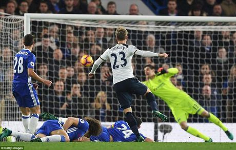 Chelsea 2-1 Tottenham: Conte nhuom xanh nuoc Anh - Anh 2