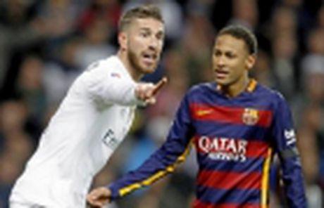 Ronaldo lap cu dup, Real 'nhoc nhan' giu lai 3 diem tren Bernabeu - Anh 11