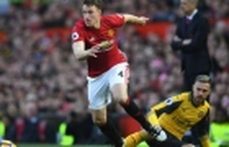 23h30 ngay 27/11, Manchester United vs West Ham: Bay sap tai Old Trafford - Anh 10