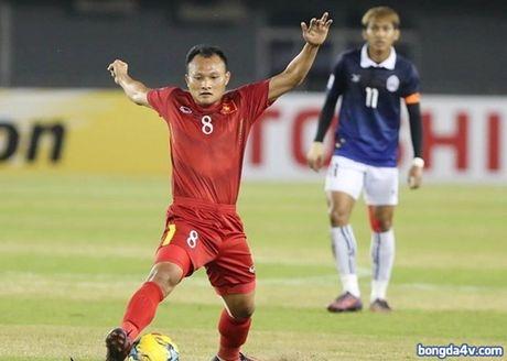 Viet Nam 2-1 Campuchia: Cau thu nao hay nhat tran? - Anh 2