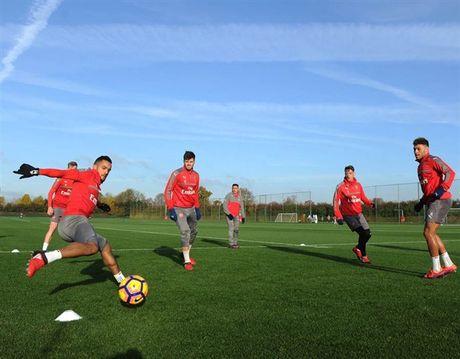 Arsenal ron rang chuan bi 'tiec mung' ngay tai ngo Wilshere - Anh 1