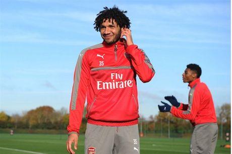 Arsenal ron rang chuan bi 'tiec mung' ngay tai ngo Wilshere - Anh 5