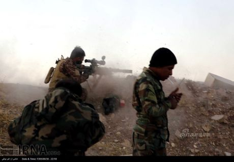 Muc kich tang, phao Quan doi Iraq xa mua dan vao Mosul - Anh 3