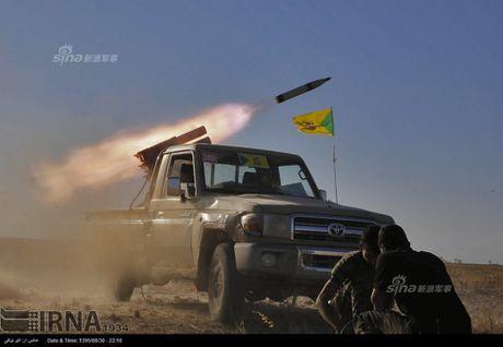 Muc kich tang, phao Quan doi Iraq xa mua dan vao Mosul - Anh 4