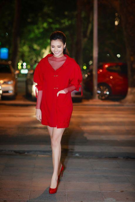 Hong Que tai xuat sau sinh, do sac ben Tam Tit - Anh 1
