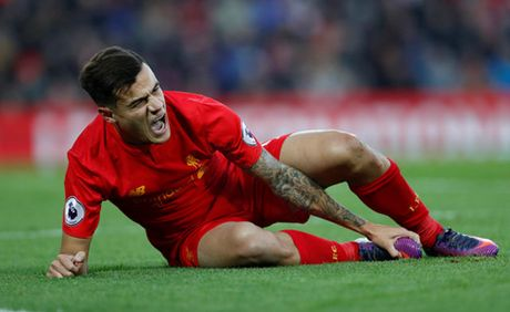 Coutinho chan thuong, Liverpool thang chat vat - Anh 2
