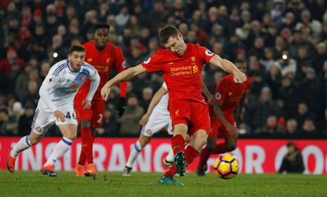 Coutinho chan thuong, Liverpool thang chat vat - Anh 5