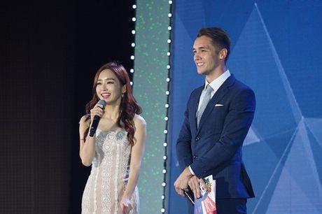 Chi Pu tham du Webtasia Awards 2016, mot lan nua tu tin toa sang o xu Han - Anh 4
