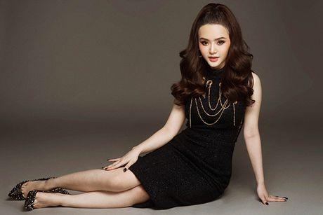 Em gai Phuong Trinh chan khong dai van goi cam hut mat - Anh 7