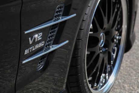 'Phu phep' chiec Mercedes-Benz SL65 manh ngang ngua Aventador - Anh 9