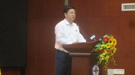 Bi thu Dinh La Thang chi dao giai quyet dut diem vu ban nha khong ban cau thang - Anh 2