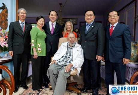 Hinh anh Lanh tu Cuba Fidel Castro trong cuoc gap Chu tich nuoc Tran Dai Quang - Anh 6