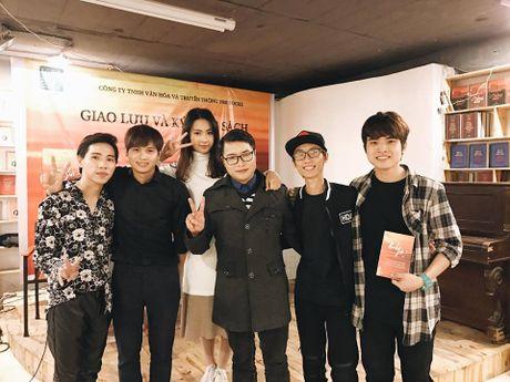 """Tai ngo """"Ranh gioi"""" - chuyen tinh tung gay sot cong dong mang 7 nam truoc - Anh 2"""