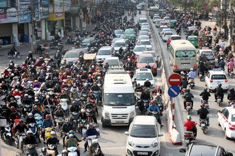 Ha Noi kiem tra xe chinh chu bang thiet bi thong minh - Anh 1