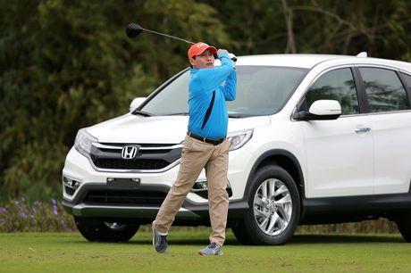 Giai golf Faros 2016: Cu hole-in-one bac ti chua tim ra chu nhan - Anh 2