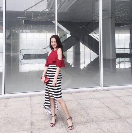 Ha Ho, Ngoc Trinh, Thanh Hang dien street style mua lanh nhu the nao? - Anh 10