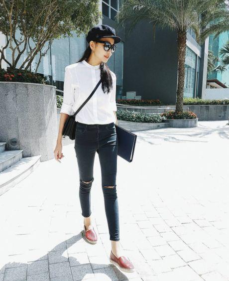 Ha Ho, Ngoc Trinh, Thanh Hang dien street style mua lanh nhu the nao? - Anh 9