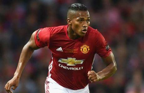 Cau thu hay nhat tran gap Man United - Arsenal biet on Mourinho - Anh 2