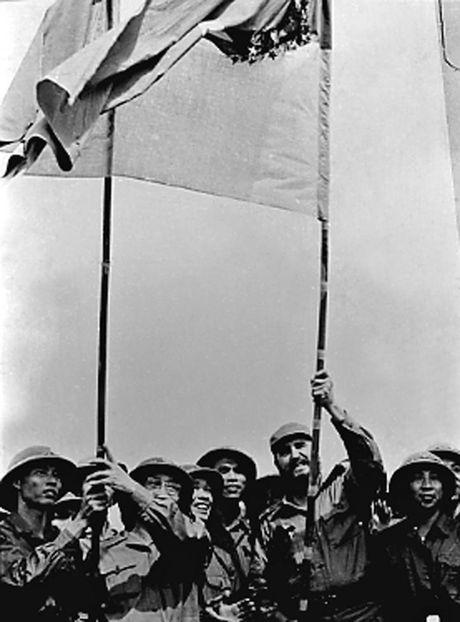 Thoi trai tre cua nha cach mang vi dai Cuba Fidel Castro - Anh 15