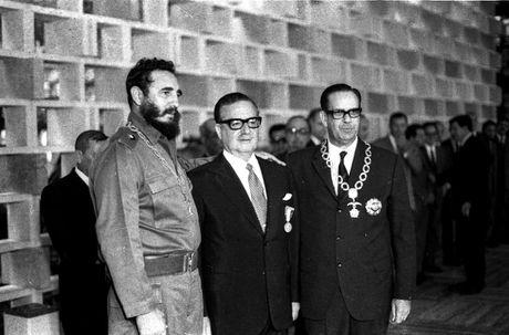 Thoi trai tre cua nha cach mang vi dai Cuba Fidel Castro - Anh 16