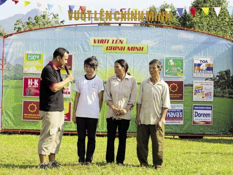 MC Quyen Linh cung cau chuyen doi - Anh 3