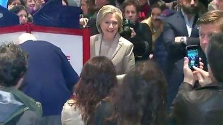 Hillary Clinton muon kiem tra lai phieu bau, ac mong co den voi ong Donald Trump? - Anh 3