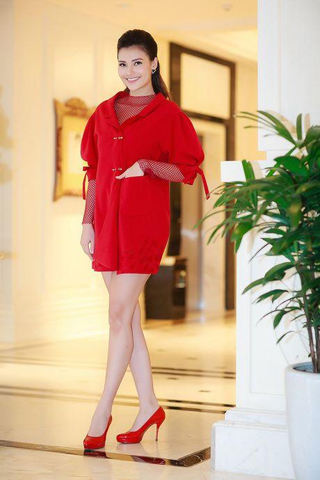 Hong Que giam 9kg sau 1 thang sinh con, Tam Tit sexy het co giua troi lanh - Anh 3