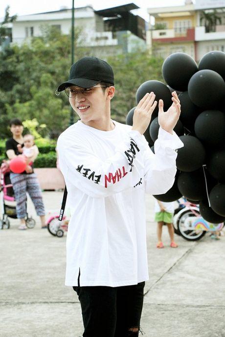 Mung ca khuc moi 'gay bao', fan Uni5 danh qua bat ngo tang than tuong - Anh 7