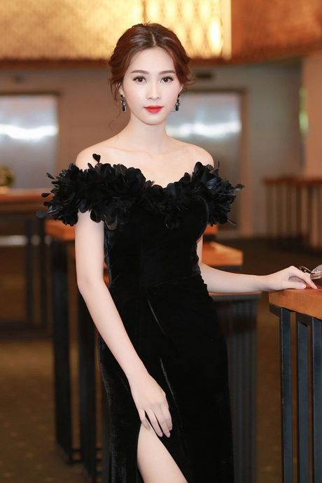 Bao Anh 'chat lu' voi hot trend cuoi 2016 xuat hien tai tuan le nha thiet ke thoi trang - Anh 10