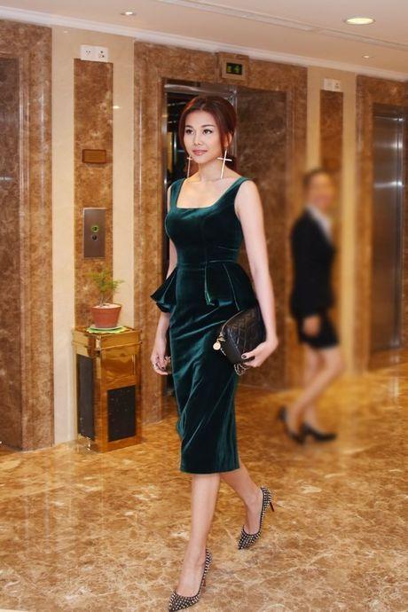 Bao Anh 'chat lu' voi hot trend cuoi 2016 xuat hien tai tuan le nha thiet ke thoi trang - Anh 11