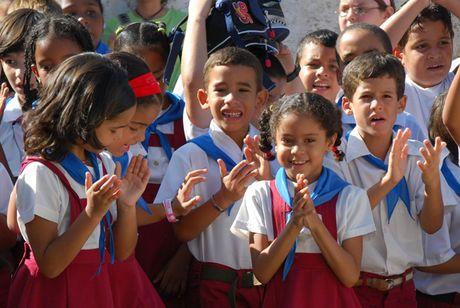 Cuba va nhung nam thang duoi thoi lanh tu Fidel Castro - Anh 3