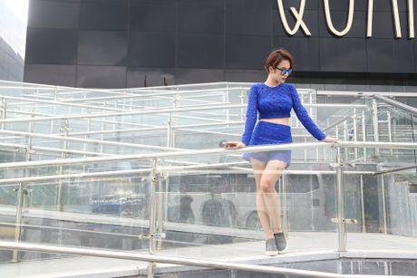 Angela Phuong Trinh khoe dang tren du thuyen o Ha Long - Anh 6