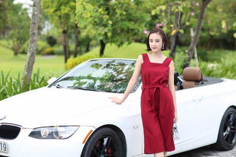Angela Phuong Trinh khoe dang tren du thuyen o Ha Long - Anh 7
