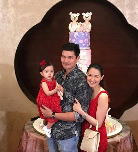 My nhan dep nhat Philippines rang ro trong sinh nhat con gai - Anh 1