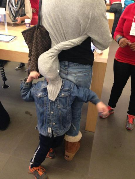Nhung hinh anh hai huoc chi co tai Apple Store - Anh 5