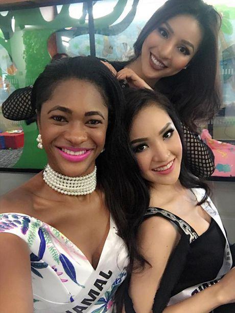 Kha Trang khoe anh sieu nhang nhit tai HH Sieu quoc gia 2016 - Anh 6