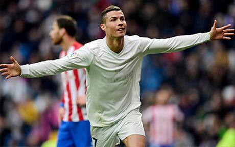 Clip Real 2-1 Sporting Gijon: 'Ken ken trang' hon Barca 7 diem - Anh 1