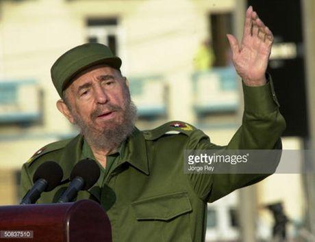 The gioi 7 ngay: Lanh tu cach mang Cuba Fidel Castro qua doi - Anh 1