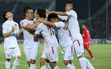 Hanh trinh DT Viet Nam lap ky luc an tuong o AFF Cup 2016 - Anh 6