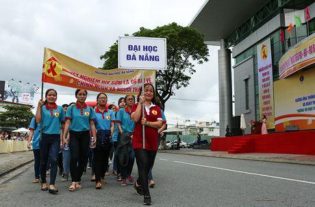 Phat dong Thang hanh dong Quoc gia phong, chong HIV/AIDS - Anh 3