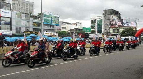 Phat dong Thang hanh dong Quoc gia phong, chong HIV/AIDS - Anh 9
