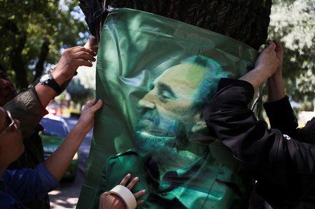Du luan the gioi tiec thuong Lanh tu Cuba Fidel Castro - Anh 12