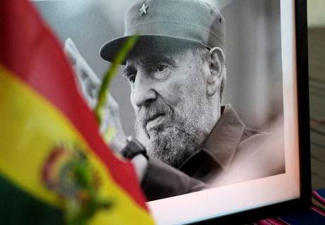 Du luan the gioi tiec thuong Lanh tu Cuba Fidel Castro - Anh 1